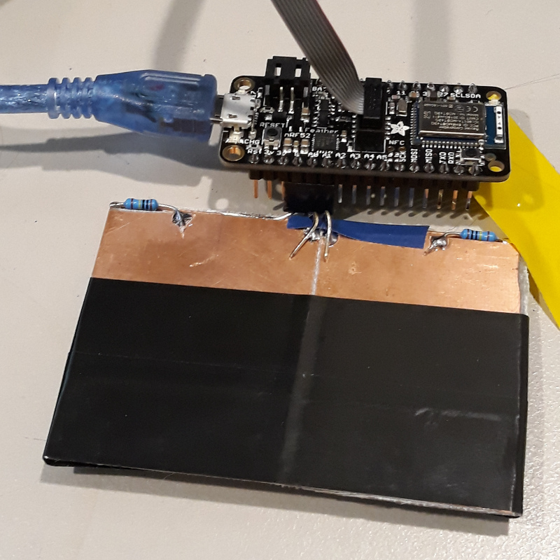Adafruit Feather NRF with nRF52832 and touch pads on A0 / A1